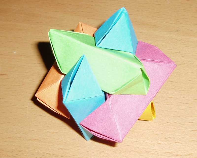 Dodecahedron Modular Origami : 6 Steps (with Pictures) - Instructables | 643x800